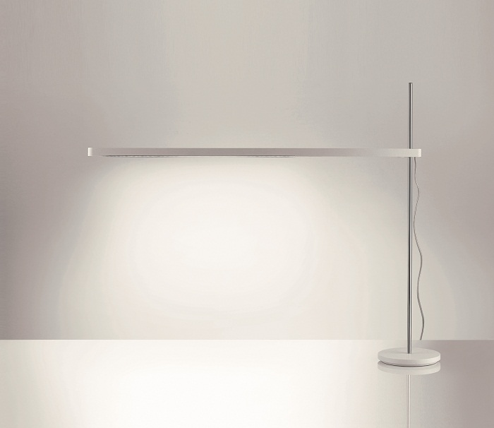 Talak Flu Table Lamp Artemide