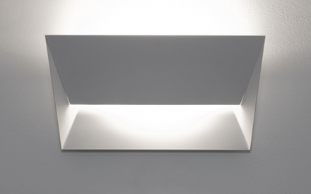LUMEN CENTER | MAIL WALL LAMP