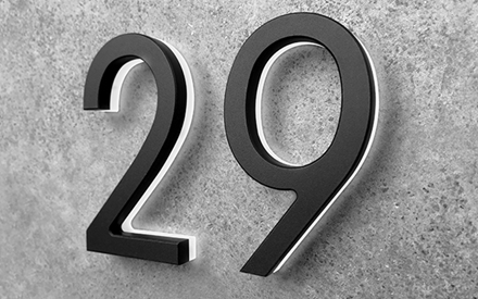 LUXELLO | MODERN BLACK LIGHTED HOUSE NUMBERS 8