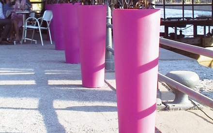 ON SALE | NEW POT HIGH PLANTERS