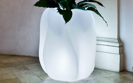 SERRALUNGA | NEW WAVE OUTDOOR PLANTERS ILLUMINATED