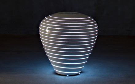 SERRALUNGA | GRAND MARY OUTDOOR POT WITH LIGHT